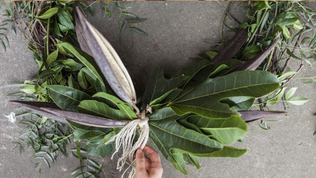 DIY: Wild Garden Wreath