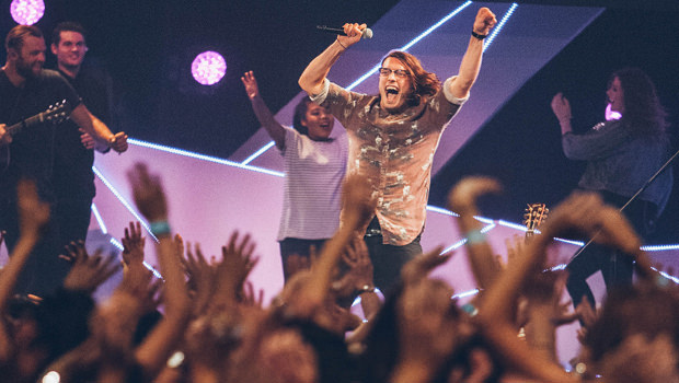 3 Benefits of Being Enthusiastic in Church