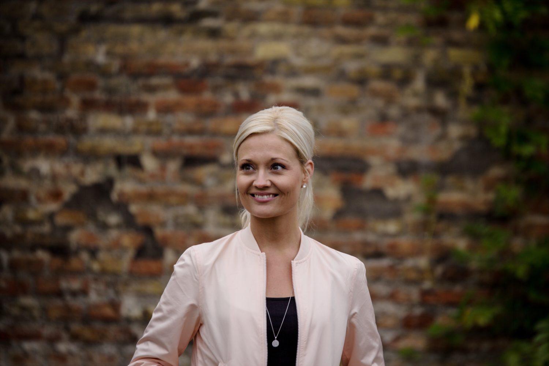 Nina Hyldgaard, Service Pastor